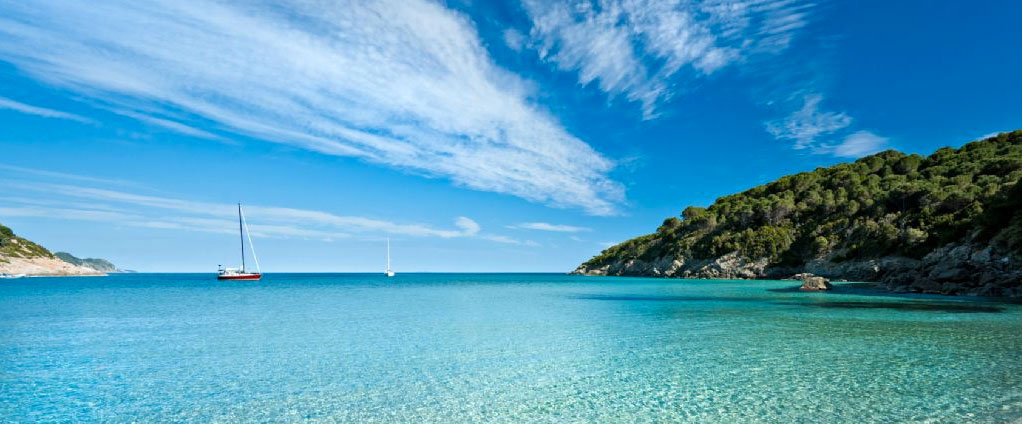 Veleggiando tra l'arcipelago toscano e la Corsica